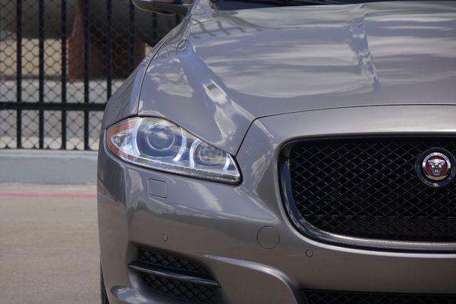 2011 Jaguar XJ XJL * Visibility Pkg * 19's * PANO ROOF * XJ L * Plano, Texas 35