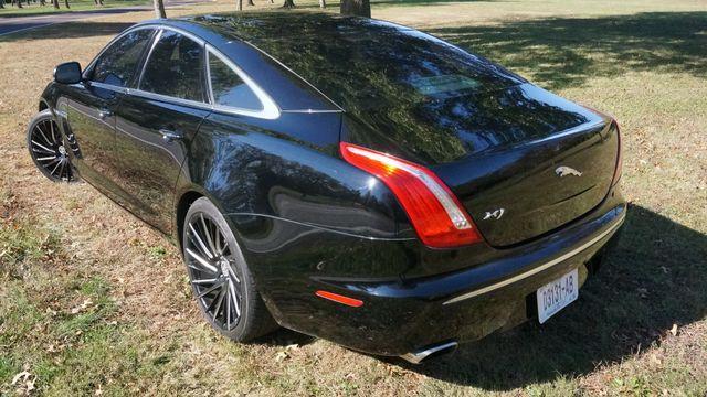 2011 Jaguar XJ Supercharged Valley Park, Missouri 3