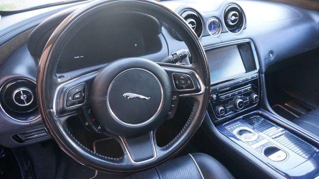 2011 Jaguar XJ Supercharged Valley Park, Missouri 9