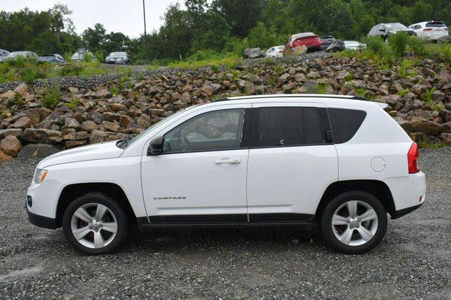 2011 Jeep Compass 4WD Naugatuck, Connecticut 3