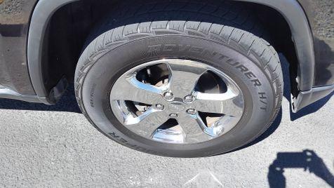 2011 Jeep Grand Cherokee Laredo 4WD | Ashland, OR | Ashland Motor Company in Ashland, OR