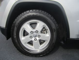 2011 Jeep Grand Cherokee Laredo Batesville, Mississippi 15