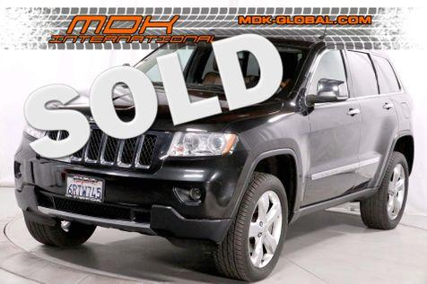 2011 Jeep Grand Cherokee Overland - 5.7L V8 - 4WD - Panoramic roof in Los Angeles