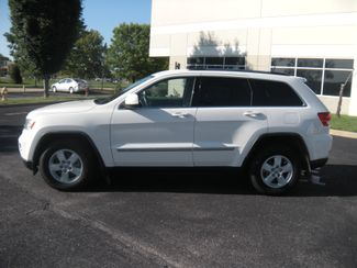 2011 Jeep Grand Cherokee Laredo Chesterfield, Missouri 3