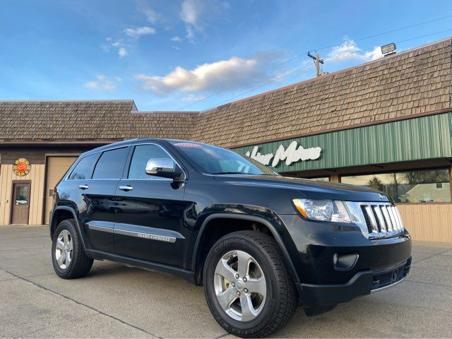 2011 Jeep Grand Cherokee Overland ONLY 43,000 Miles 5.7 in Dickinson, ND 58601