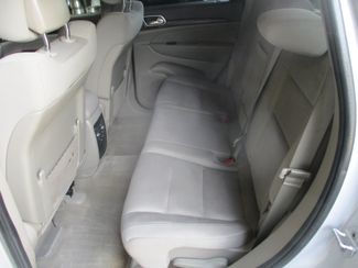 2011 Jeep Grand Cherokee Laredo Farmington, MN 3
