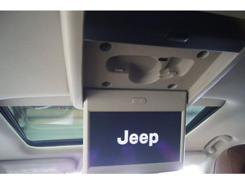 2011 Jeep Grand Cherokee Overland Summit  city Texas  Vista Cars and Trucks  in Houston, Texas