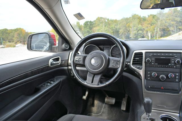 2011 Jeep Grand Cherokee Laredo Naugatuck, Connecticut 12