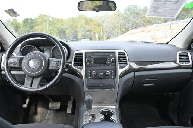 2011 Jeep Grand Cherokee Laredo Naugatuck, Connecticut 13