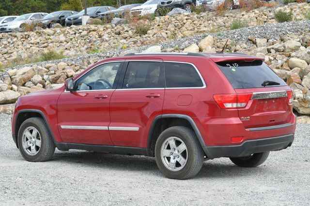 2011 Jeep Grand Cherokee Laredo Naugatuck, Connecticut 2