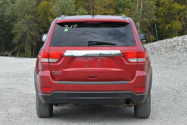 2011 Jeep Grand Cherokee Laredo Naugatuck, Connecticut 3