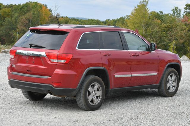 2011 Jeep Grand Cherokee Laredo Naugatuck, Connecticut 4