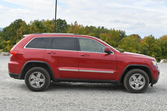2011 Jeep Grand Cherokee Laredo Naugatuck, Connecticut 5