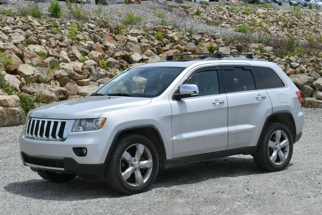 2011 Jeep Grand Cherokee Limited 4WD Naugatuck, Connecticut 2