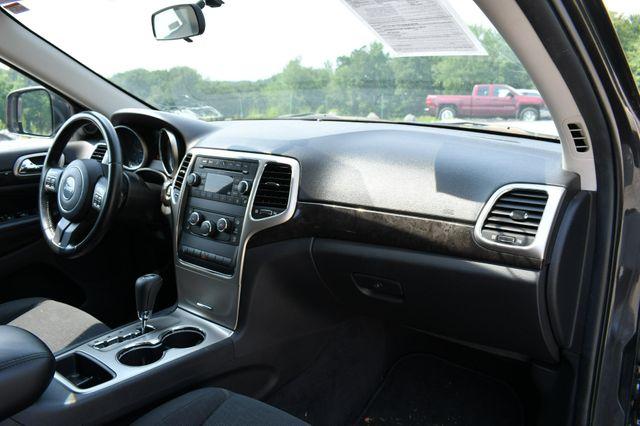 2011 Jeep Grand Cherokee Laredo 4WD Naugatuck, Connecticut 10