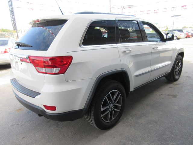 2011 Jeep Grand Cherokee, PRICE SHOWN IS THE DOWN PAYMENT south houston, TX 4