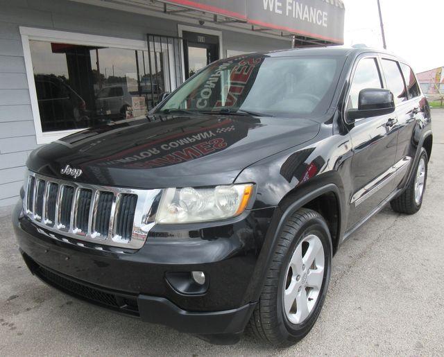 2011 Jeep Grand Cherokee Laredo south houston, TX 1