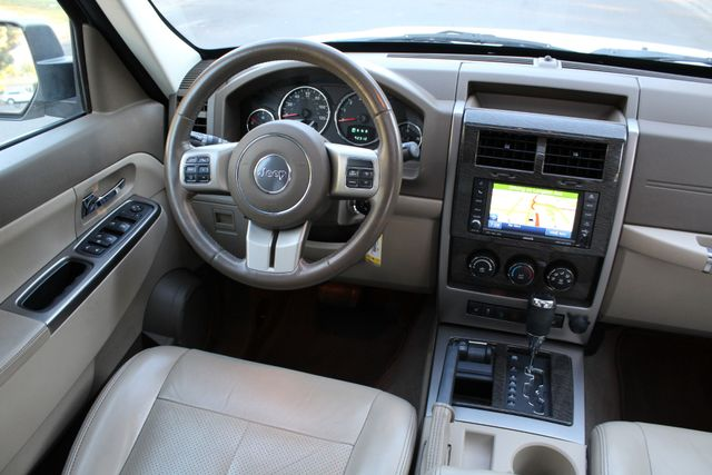 2011 Jeep LIBERTY LIMITED 1-OWNER NAVIGATION LEATHER SERVICE RECORDS in Van Nuys, CA 91406