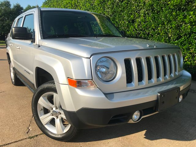 2011 Jeep Patriot Latitude X 4WD w/Leather & Roof