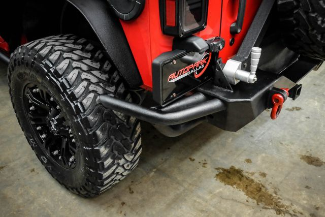 2011 Jeep Wrangler Unlimited Rubicon Lifted w/ Upgrades in Addison, TX 75001