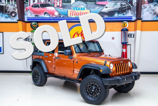 2011 Jeep Wrangler Unlimited Sport 4x4 in Addison, Texas 75001