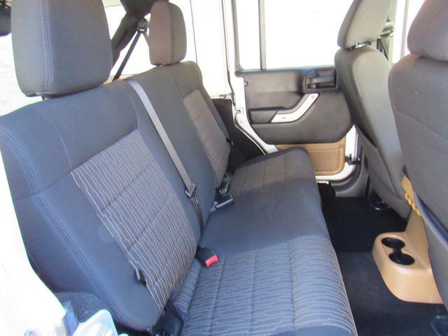 2011 Jeep Wrangler Unlimited Sahara 4X4 Bend, Oregon 17