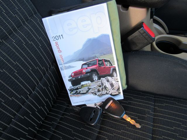 2011 Jeep Wrangler Unlimited Sahara 4X4 Bend, Oregon 22