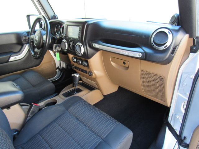 2011 Jeep Wrangler Unlimited Sahara 4X4 Bend, Oregon 8