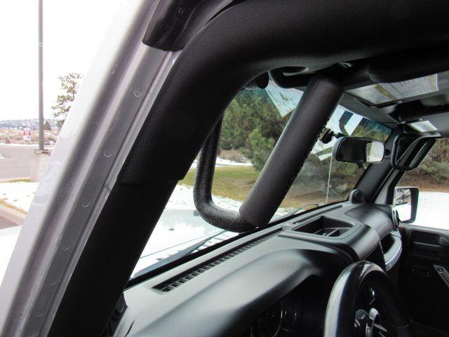 2011 Jeep Wrangler Unlimited Sahara 4X4 Bend, Oregon 7