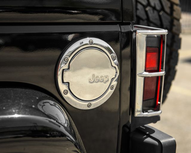 2011 Jeep Wrangler Unlimited 70th Anniversary Burbank, CA 9