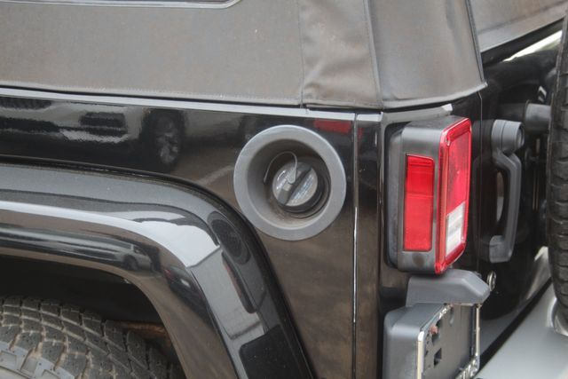 2011 Jeep Wrangler Unlimited 70th Anniversary Houston, Texas 18