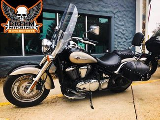2011 Kawasaki Vulcan® 900 Classic LT in Kansas City, MO 64136