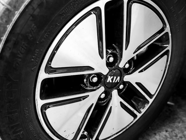 2011 Kia Optima EX Hybrid Burbank, CA 22