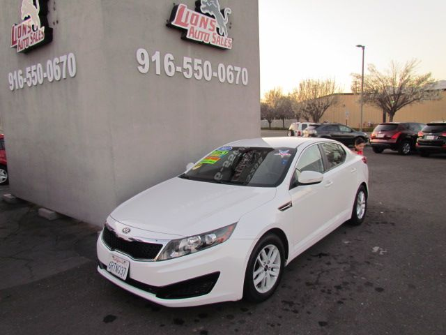 2011 Kia Optima LX Extra Clean in Sacramento, CA 95825