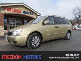 2011 Kia Sedona LX | Abilene, Texas | Freedom Motors  in Abilene,Tx Texas
