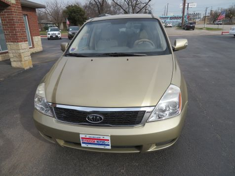 2011 Kia Sedona LX | Abilene, Texas | Freedom Motors  in Abilene, Texas