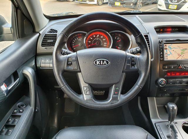 2011 Kia Sorento SXL w/3rd Rear Seat in Louisville, TN 37777