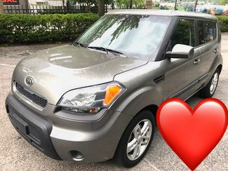 2011 Kia-30 Mpg! Mint! Local Trade! Soul-BHPH CARMARTSOUTH.COM + in Knoxville, Tennessee 37920