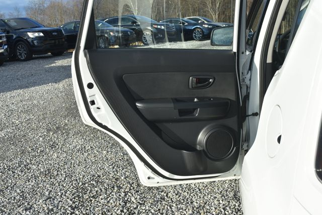 2011 Kia Soul Naugatuck, Connecticut 14