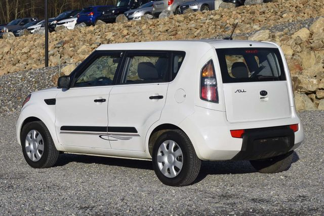 2011 Kia Soul Naugatuck, Connecticut 3