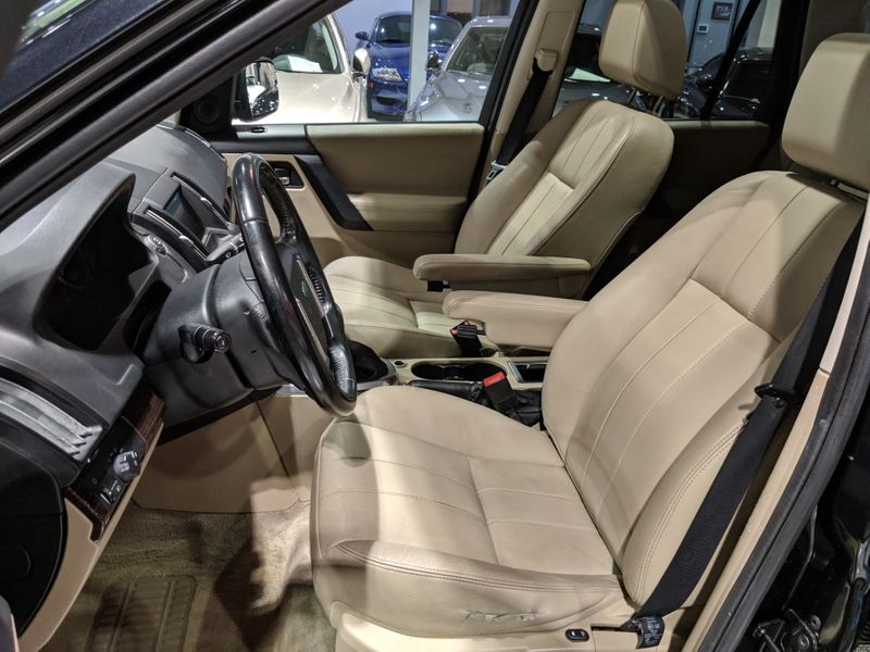 2011 Land Rover LR2 HSE  Lake Forest IL  Executive Motor Carz  in Lake Forest, IL