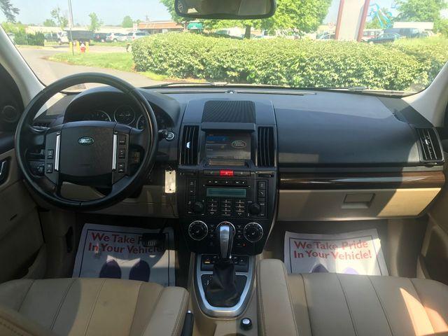 2011 Land Rover LR2 HSE Sterling, Virginia 12