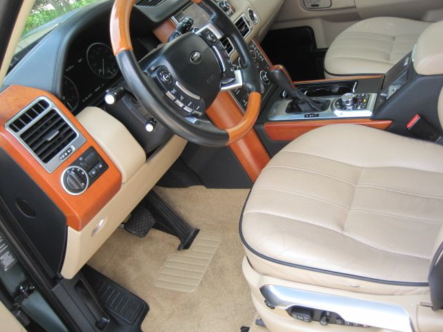 2011 Land Rover Range Rover HSE LUX, ONLY 83k MIles, You Got To See It To Believe It. in Plano, Texas 75074