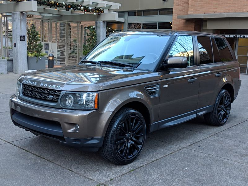 2011 Land Rover Range Rover Sport HSE 39000 Miles Luxury Package 1 Owner History Rare Color Impossible to Duplicate  city Washington  Complete Automotive  in Seattle, Washington