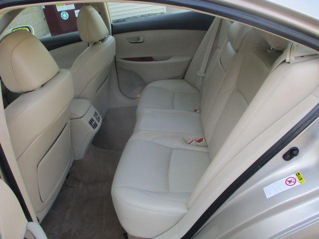2011 Lexus ES 350 Farmington, MN 3