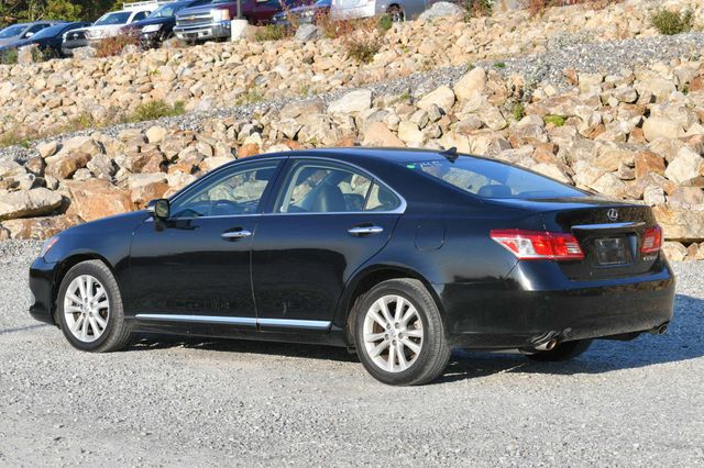2011 Lexus ES 350 Naugatuck, Connecticut 2