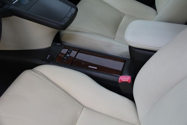 2011 Lexus HS 250h Richmond, Virginia 15