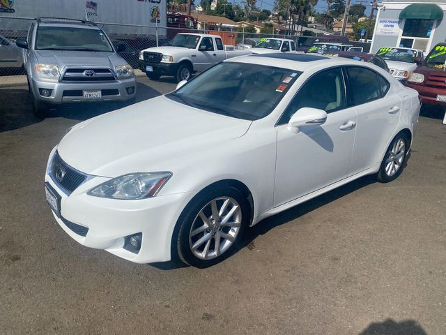 2011 Lexus IS 250 - Automatic 6-Spd w/ Overdrive - 1 OWNER, CLEAN TITLE, NO ACCIDENTS, 21 CarFax REC.