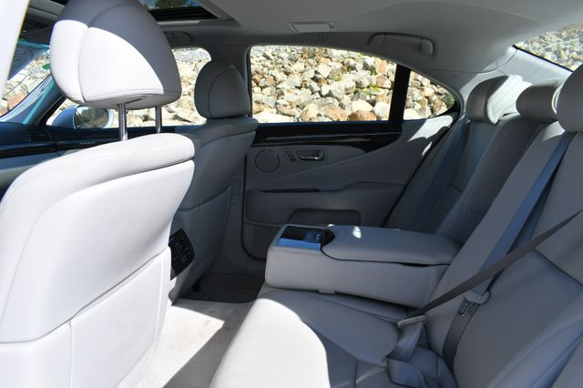2011 Lexus LS 460 AWD Naugatuck, Connecticut 13