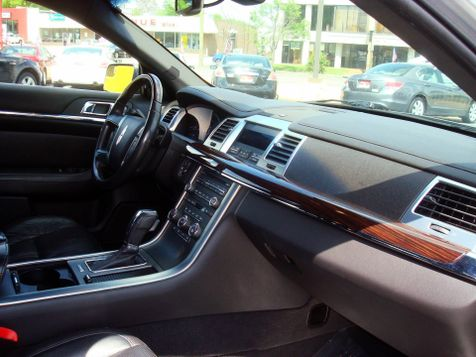 2011 Lincoln MKS    Nashville, Tennessee   Auto Mart Used Cars Inc. in Nashville, Tennessee